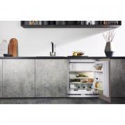 Встраиваемый холодильник HOTPOINT-ARISTON BTSZ 1632/HA